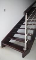Widok na schodu od strony wejścia